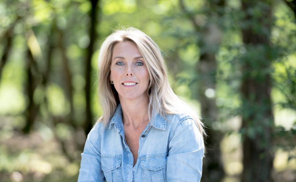 Carola van der Poel Beauavis Schoonheidssalon Laren Huidverbetering Reiki Bindweefselmassage